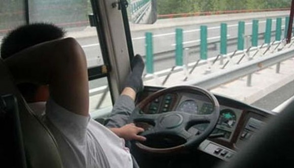 china_busdriver_dangerous07