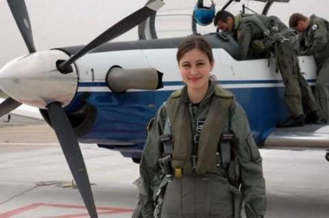 military_woman_czech