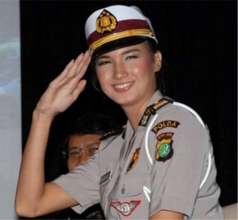 military_woman_indonesia
