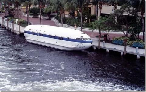 boeing307stratoliner-boat04