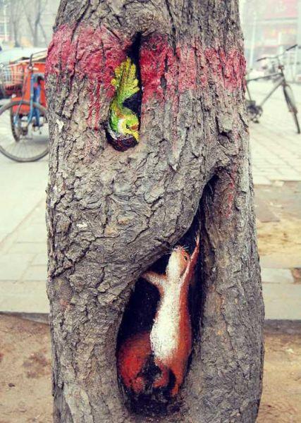 painted-tree-holes13