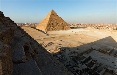 pyramid-illegaly-took-pictures09jpg