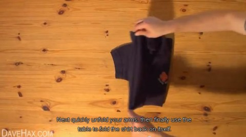 how-to-fold-shirt08