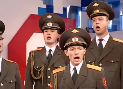 russian-army-sings-skyfall02