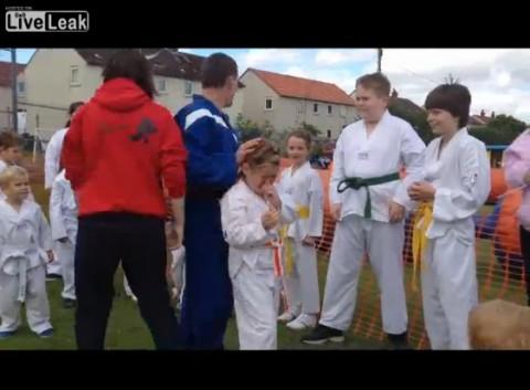 worst-taekwondo-demo02