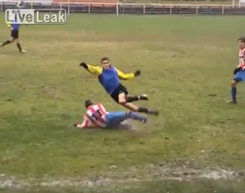ankle-breaker-in-football02