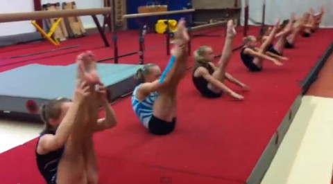 ladys-gymnastics-warm-up02