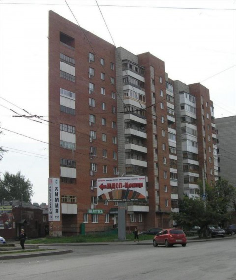 russian-slim-house06