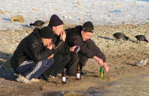 russian-squatting13