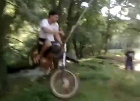motorcycle-rope-swing02