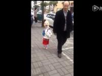 dog-walk-like-little-girl01