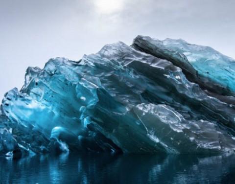 upside-down-iceberg01