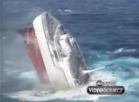 oceanos-sinking01