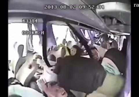 using-seat-belt02
