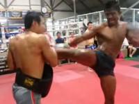buakaw-training01