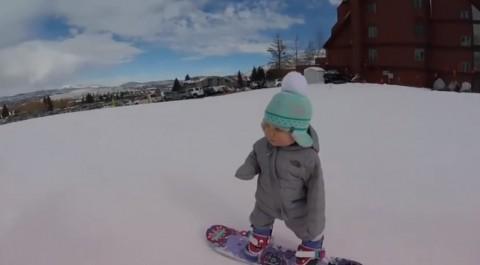 baby-snowboarder03