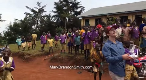 african-kids-and-drone02