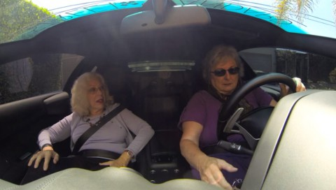 two-grannies-one-lamborghini02