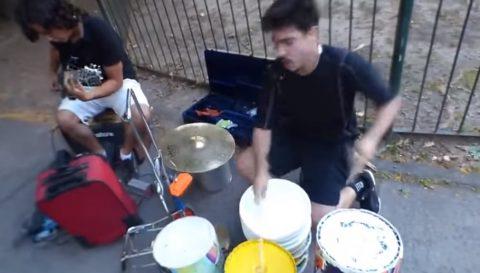 argentina-heavy-metal-street-musicians02