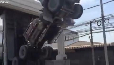 unintentional-thai-truck-art02