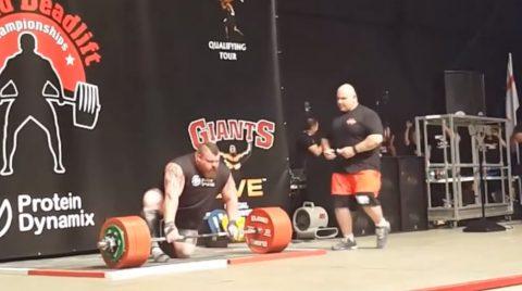 eddie-hall-500kg-deadlift-world-record03