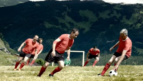 new-extreme-sport-alpine-soccer01