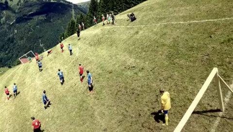 new-extreme-sport-alpine-soccer02