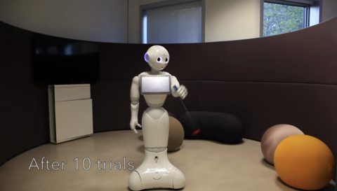 pepper-robot-learning-ball-in-a-cup02