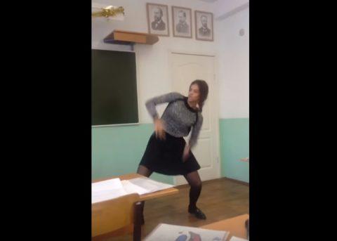 russian-girl-funny-classroom-dance02