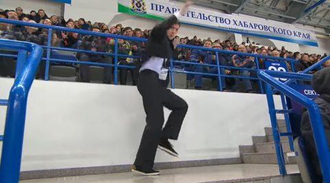 arena-security-dancing-show02